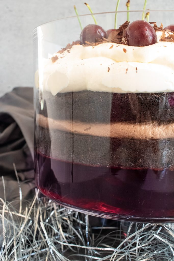 Are you looking for that perfect keto dessert for a celebration? This black forest trifle is perfect for Christmas lunch or any celebration.